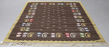 Matto, flat weave, ca 303-305,5 x 195,5-197 cm, signed sw (probably solveig westerberg).