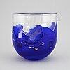 Lars hellsten, vas, glas, orrefors, signerad och daterad ea1-95.