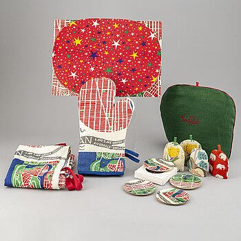 JOSEF FRANK, coasters, oven gloves, and apron.