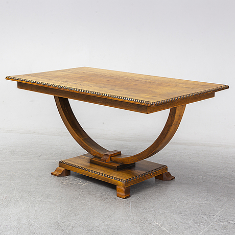 A 1930s/1940s table.