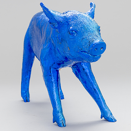 A piggy bank 'reality' by harry allen, areaware, 21th century.