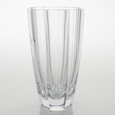 Simon gate, an engraved glass vase signed orrefors gate expo 3539 bs 1955.
