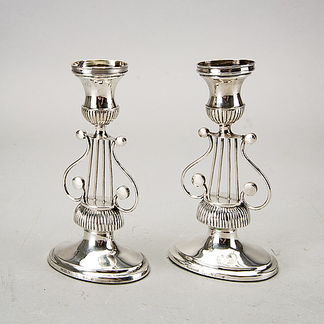A piar of swedish 19th century silver candle sticks, mark of ju flohr norrköping 1829, height ca 16 cm,