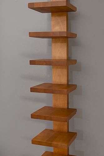 """John kandell, hylla, """"pilaster"""", källemo, formgiven 1989."""