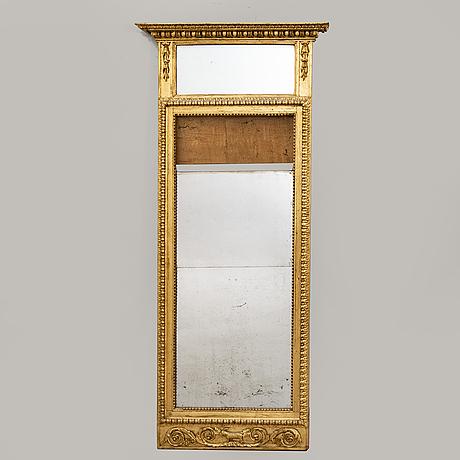Spegel, 1800-talets början sengustaviansk.