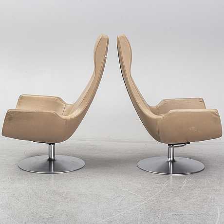 A pair of 'clipper' easy chairs by carl-henrik spak, ire.