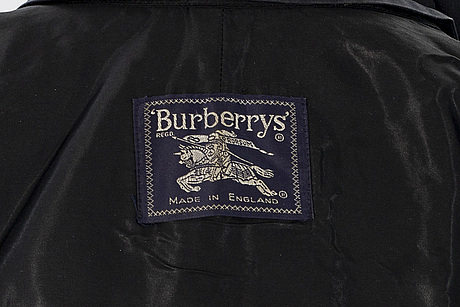 Burberry trenchcoat storlek m.