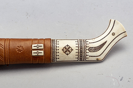 Samekniv, monogramsignerad np, nils partapuoli,  1900-tal.