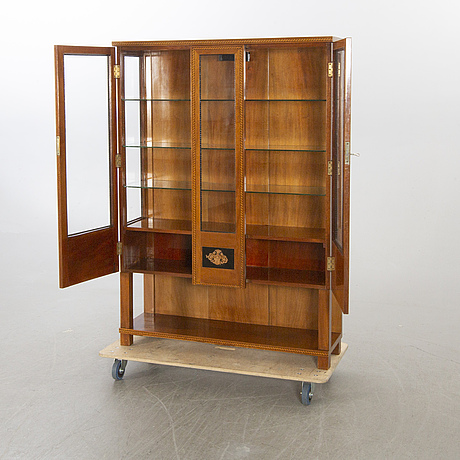 A 1920's viewing cabinet.