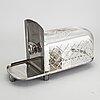 Ostkupa / ostguillotin, glas och nysilver, 1900-tal.