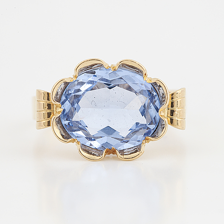18k gold and synthetic blue spinel stigbert engelbert  ring.