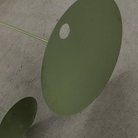 """Eva schildt, trädgårdssoffa och bord """"gardensofa"""" för design house 2001."""