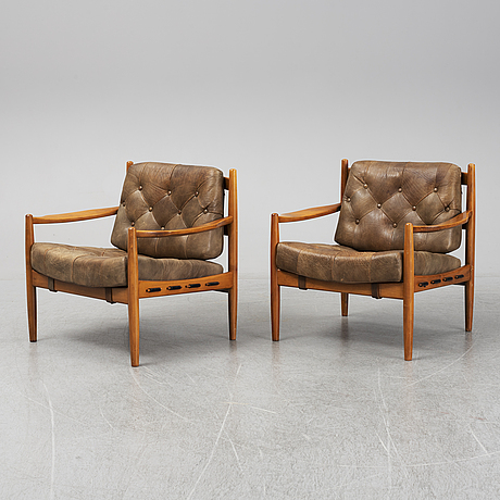 A pair of 'läckö' easy chairs by ingemar thillmark, ope.