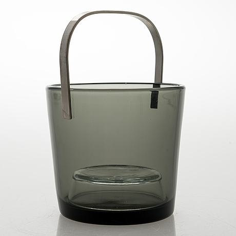Kaj franck, an ice bucket 1373 and four drinking glasses 5023. nuutajärvi.