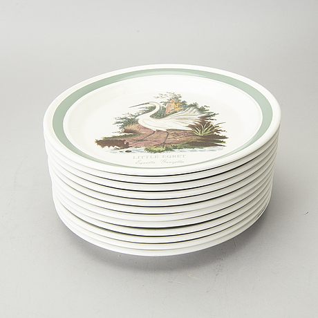 "A set of 94 pieces of late 20th century portmeirion ""birds of britain"" dinner service."