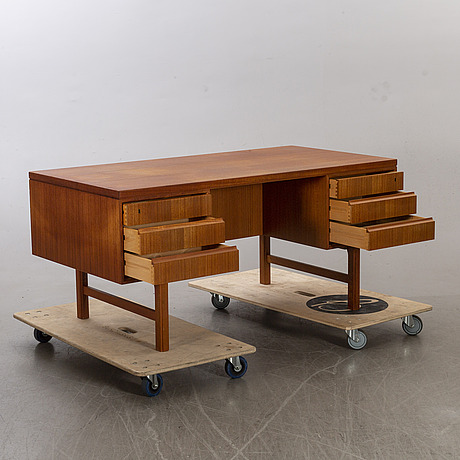 A writing desk omann jun a/s model 76, denmark.