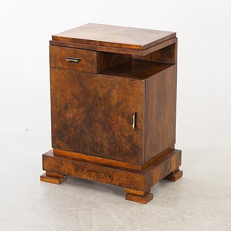SÄngbord/sidobord art deco 1900-talets första hälft.