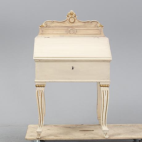 Skrivpulpet, 1800-tal.