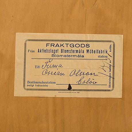 SkÅp / sideboard, blomstermåla möbelfabrik, 1900-talets mitt.