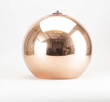 Tom dixon, a 'mirror ball' ceiling light.