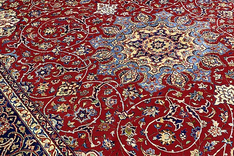 A carpet, mahal, ca 441 x 317 cm.