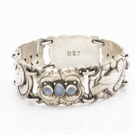 Kristian mÖhl hansen for georg jensen, bracelet model 14, 'doves'.