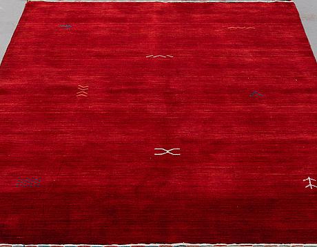 A rug, raj lori, ca 200 x 140 cm.