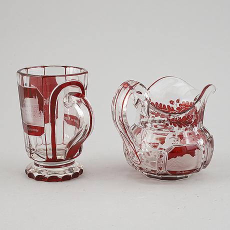 Tillbringare samt brunnsglas, böhmen, 1800-tal.
