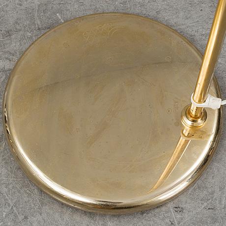 A pair of floor lamps in brass, reijmyre, 20 th century.
