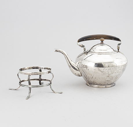 Johan fredrik biÖrnstedt, a silver teapot, stockholm 1816-17.