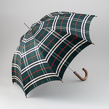 Burberry, a vintage umbrella.