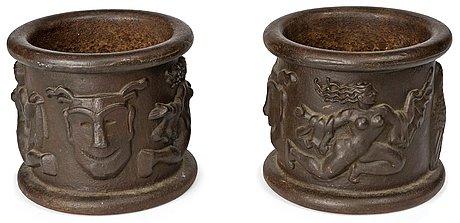 A pair of anna petrus cast iron jardinières, näfveqvarns bruk.