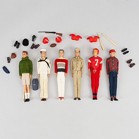 A collection of six mattel 1960's barbiedolls with accessories.