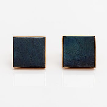 A pair of 14K gold cufflinks with spectrolites. Kaunis Koru, Helsinki 1978.