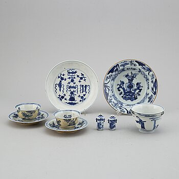 A group of blue and white porcelain, Qing dynasty, Kangxi (1662-1722).