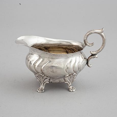 A swedish 20th century silver coffee-set, mark of cgh, stockholm 1950-1955.