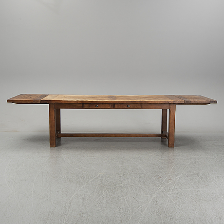 A french late 20th century country style dining table.