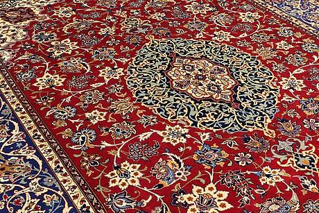 A carpet, najafabad, 409 x 295 cm.