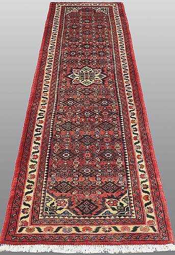 Gallerimatta, hosenabad, ca 292 x 71 cm.