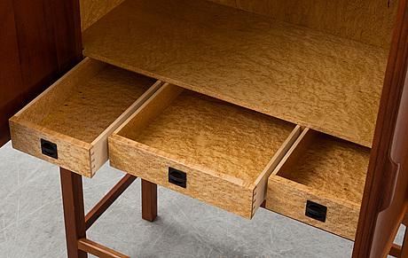 SkÅp, design e. pontoppidan, utfört av n. roth andersen, danmark, 1998. numrerat no. 10.