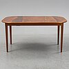 Josef frank, dining table, firma svenskt tenn, model 947. 4 leaves included.