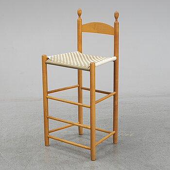 A 20th century Shaker style 'Weaver's Chair'.