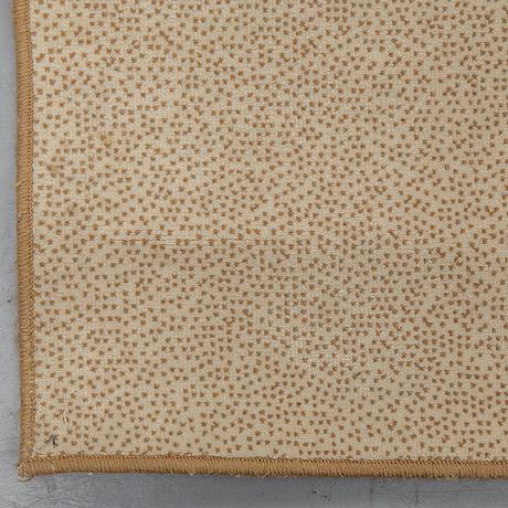Matto, tufted, ca 297 x 247 cm.