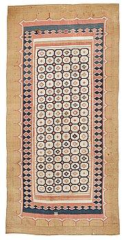 269. Kelim, antik Shushtar, Khuzestan provinsen, sydvästra Iran, ca 380-385,5 x 184-192 cm.