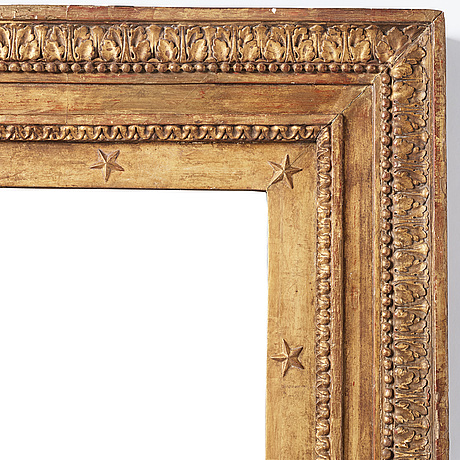 A english early 19th century mirror.