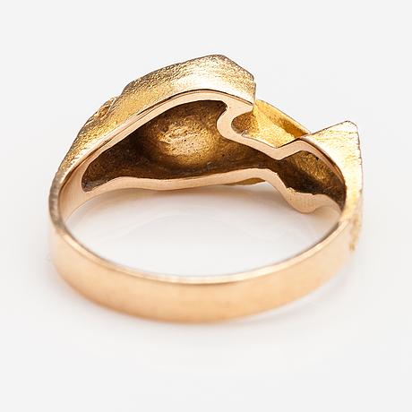 "Björn weckström, a 14k gold ring ""hidden agate"" with a mass agate. lapponia 1972."