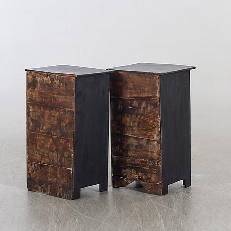 SÄngbord 1 par 1900-talets första hälft.