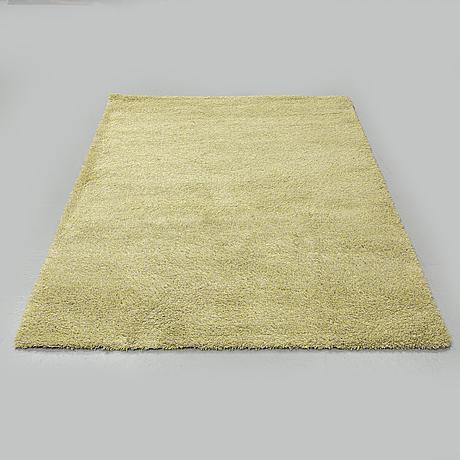 A carpet, tufted, ca 200 x 140 cm.