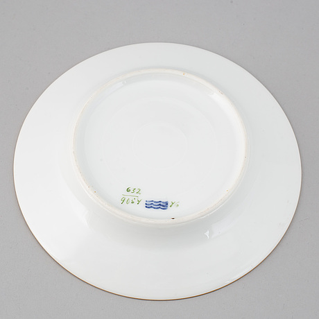 A royal copenhagen dinner service, denmark, circa 1900. (111 pieces).