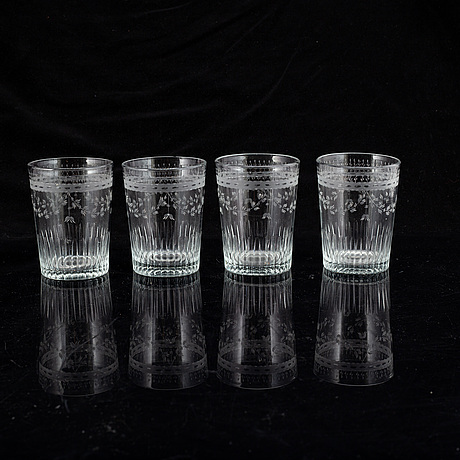 A set of 15 empire water glasses, 19th century.